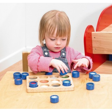 http://www.tangrammontessori.fr/2603-thickbox/1-bateau-a-voile-colore.jpg