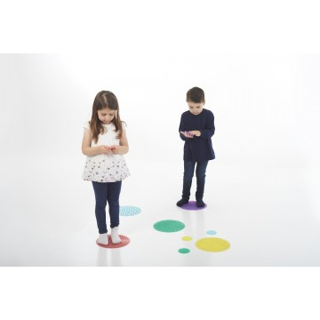 http://www.tangrammontessori.fr/2623-thickbox/jeu-.jpg