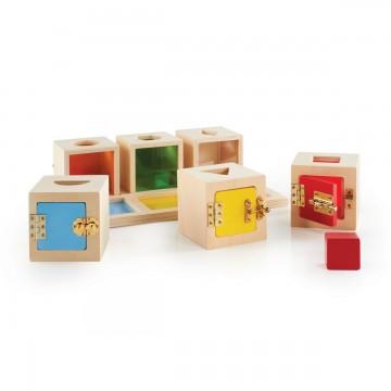http://www.tangrammontessori.fr/2982-thickbox/cartes-animal-4d.jpg